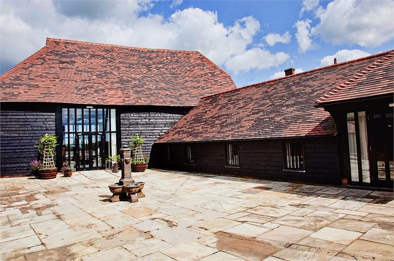 blackstock-barn-image1